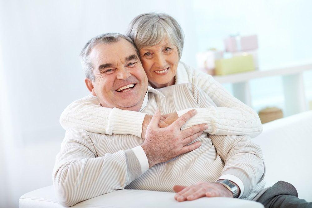 cuidar de sus implantes dentales